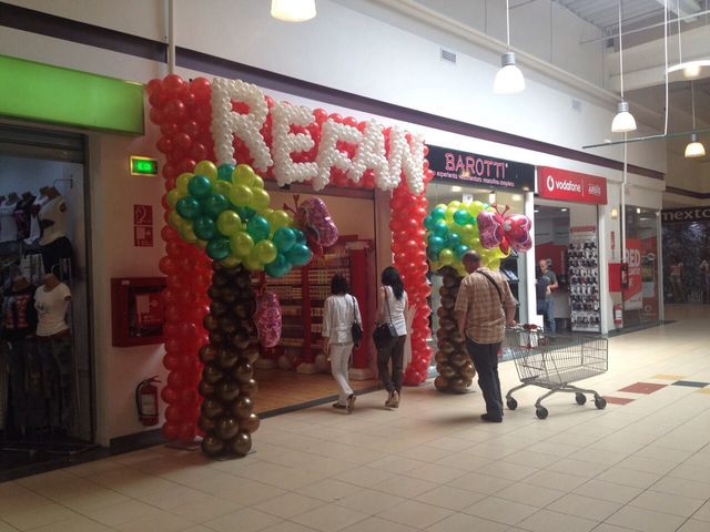 Refan with a new store in Romania